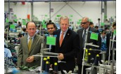 US Ambassador Ted Osius visits Hanesbrands Vietnam's plant in Kim Dong district, Hung Yen Province