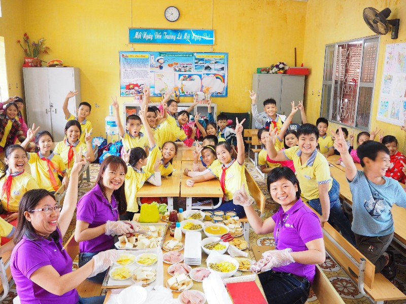 Pupils learn to prepare simple yet nutritious dishes